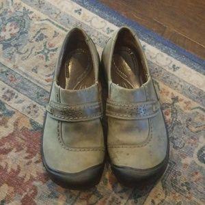 Keen slip on shoe